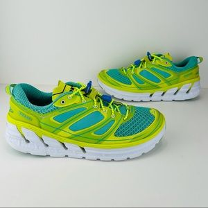 HOKA ONE ONE CONQUEST 2 RUNNING SHOES